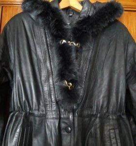 Продам пальто женское кожаное