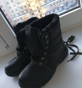 Строительные ботинки