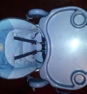 Детское кресло,стульчик для кормления
