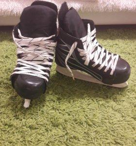 Коньки хоккейные 36-37 размер