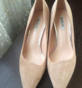Туфли новые 38размер(24см.)