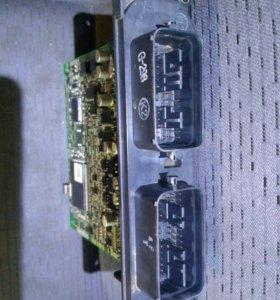 Блок управления Мазда Демио (G198) 2004г