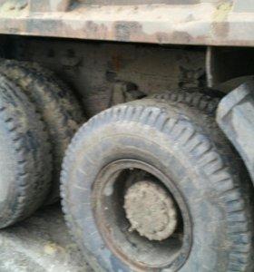 Продаю МАЗ грузовой самосвал 20 тонн