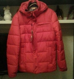 Куртка зимняя жен. Размер 52 новая.