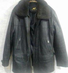 Куртка кожаная утепленная. Размер 58-60. Торг.