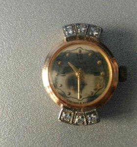 Часы золото с бриллиантами
