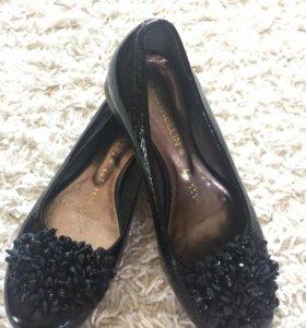 Туфли на девочку р.33