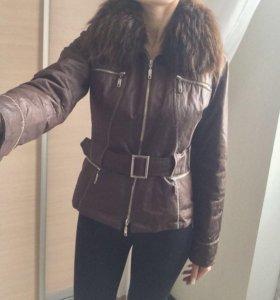 Куртка демисезон с натуральным мехом !