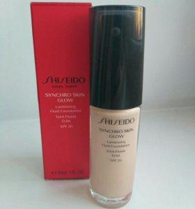 Тональный крем-флюид Shiseido