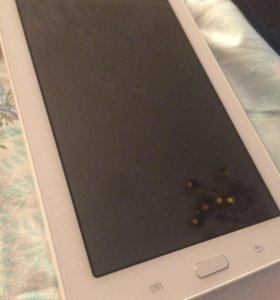 СРОЧНО Планшет sumsung Galaxy Tab 3 lite не рабочи