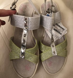 Туфли-босоножки новые