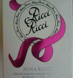 Продаю парфюм Nina Ricci.