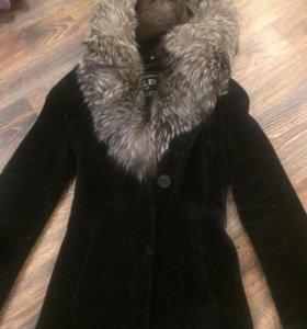Пальто мутоновое с чернобуркой