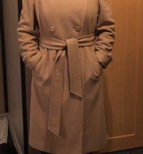 Пальто утеплённое женское 48-50 р