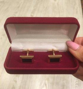 Золотые запонки 585 пр,вес 10,55гр с дек.вст