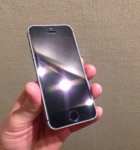 iPhone se 32gb на гарантии