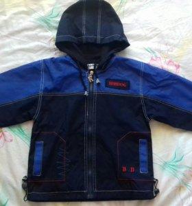 Куртка-ветровка