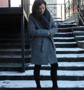 Пальто  шерстяное на подкладке