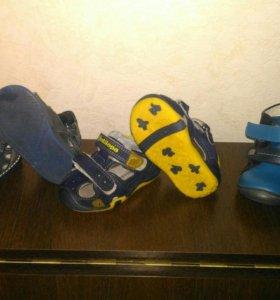 Сандали, ботинки детские
