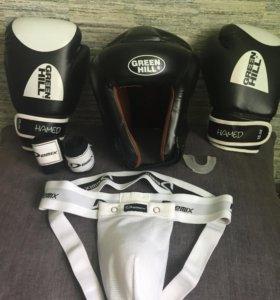 Экипировка для кикбоксинга (бокса)
