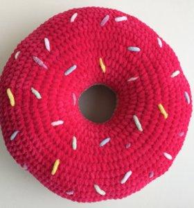Подушка-Пончик плюшевый