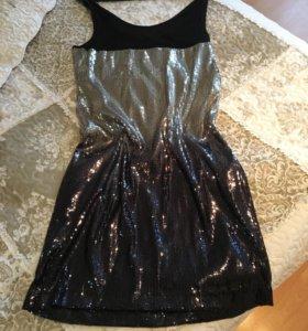 Платье с пайедками