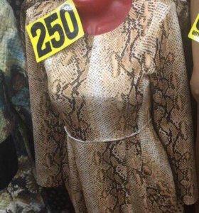 Платье новое с биркой 42 размер