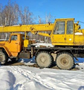 Автокран на базе Урал