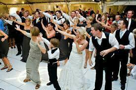Проведение свадеб, юбилеев, корпоративных праздник
