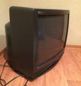 Продам на запчасти телевизор SHARP