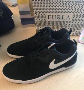 Кроссовки Nike 27.5 см 43р