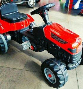Педальный трактор Пилсан(07-314)