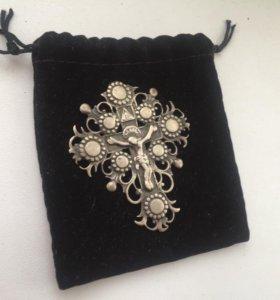Старинный серебряный крест