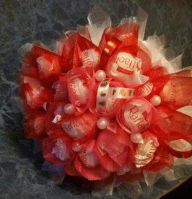 Букетик из конфет