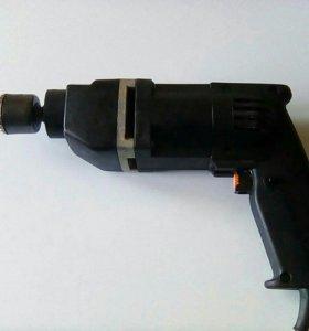 Дрель электрическая ИЭ-1063Э
