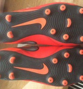 Nike TIMEPO