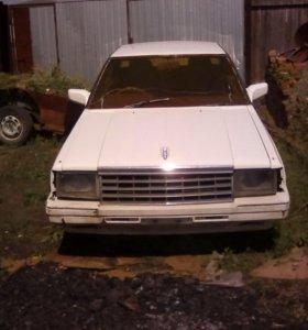 Nissan Laurel, 1985