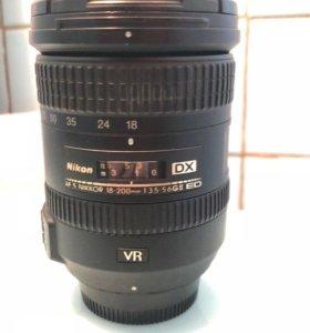 Nikon 18-200mm f/3.5-5.6G VR II