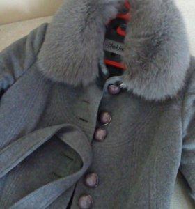 Пальто зимнее, итальянское, 42размер