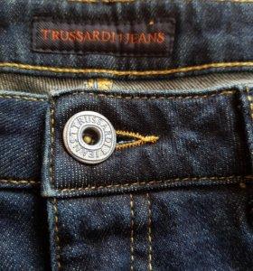 Новые джинсы TRUSSARDI оригинал