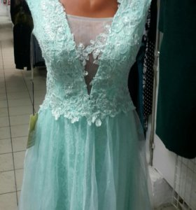 Новое вечернее  свадебное платье