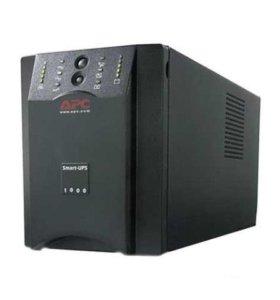 APC Smart-UPS 1000VA USB Serial 230V