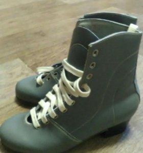 Ботинки для коньков