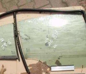 заднее правое стекло на opel astra h