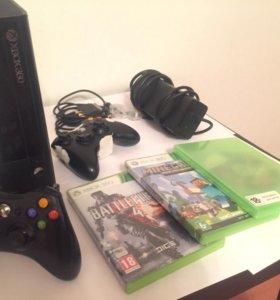 Xbox 360 E + 2 геймпада + 25 топ игр