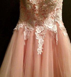 Выпускное, нарядное платье