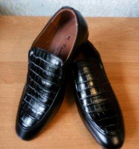 Туфли(новые)р-40