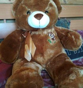Продам игрушечного медвежонка