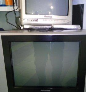 Большой телевизор Panasonic, маленький в подарок