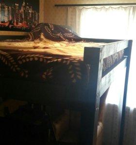 Кровать-чердак с лестницей двуспальная